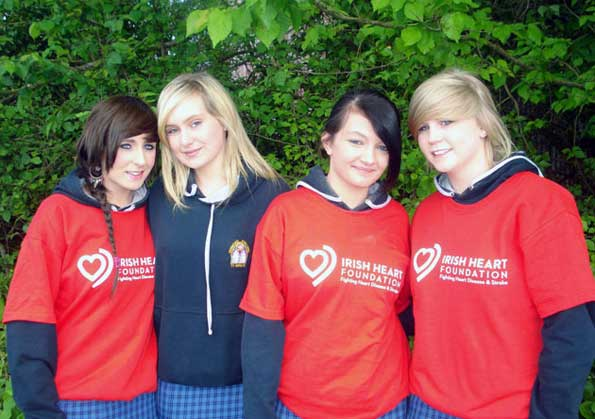 2010-2011 Transition Year : Girls collect for Irish Heart Foundation