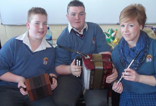 2010-2011 Seachtain Na Gaeilge : desmond College