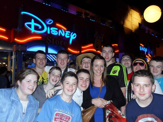Newcastlewest Limerick VEC school : 2nd year trip to Paris France : Eurodisney