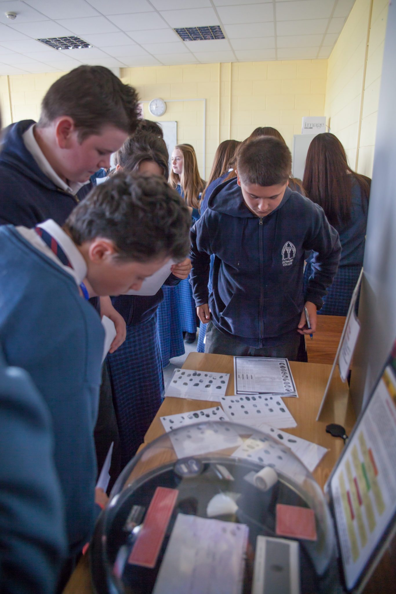 2014 Students Enjoy Forensic Science Day : Desmond College