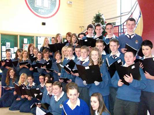 school-choir-2010-533w-400h