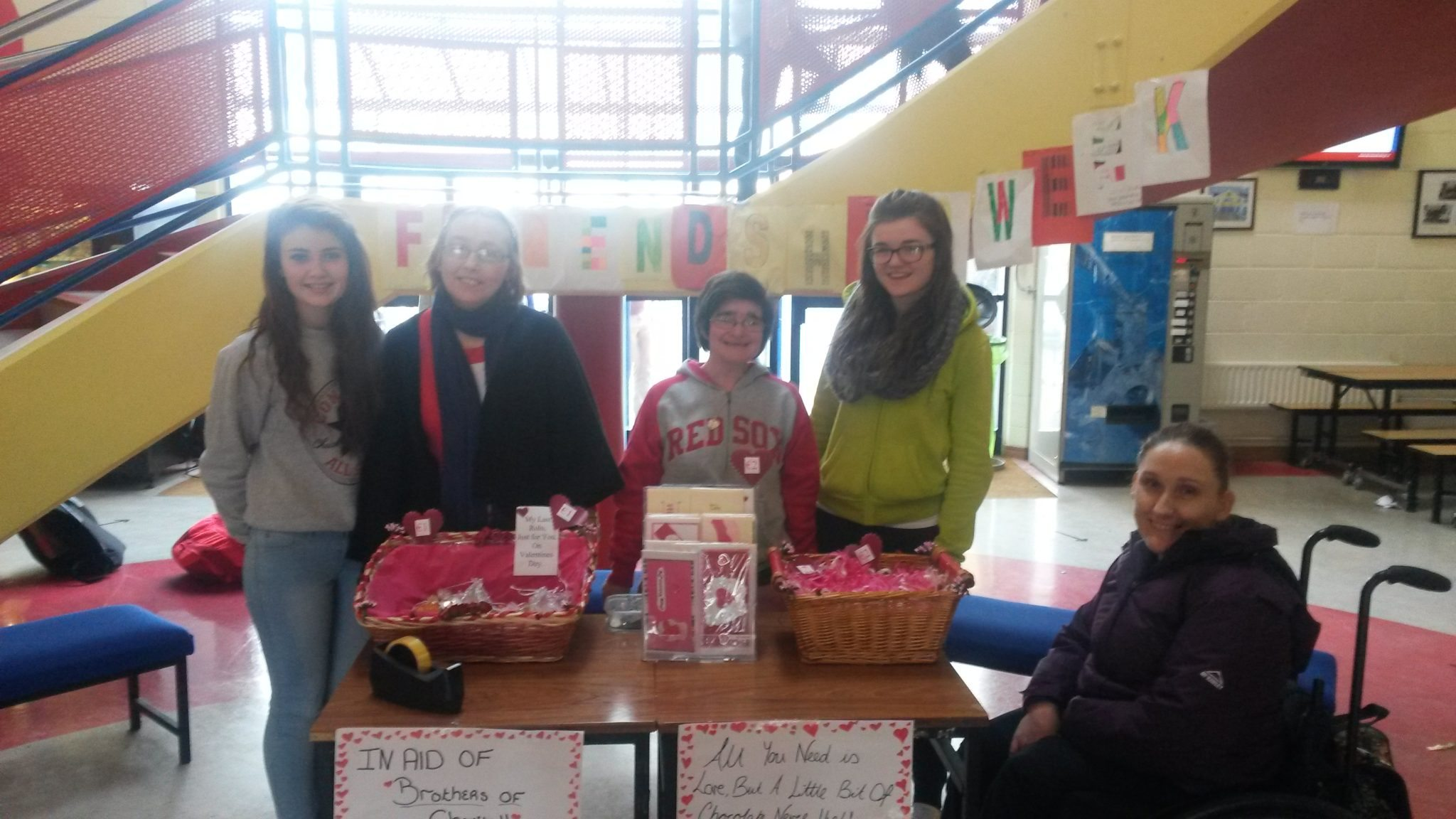 Pictured are Imelda Chalk, Mary McCann & Sinead o Mahony with Emma Herbert and Claire Mortell