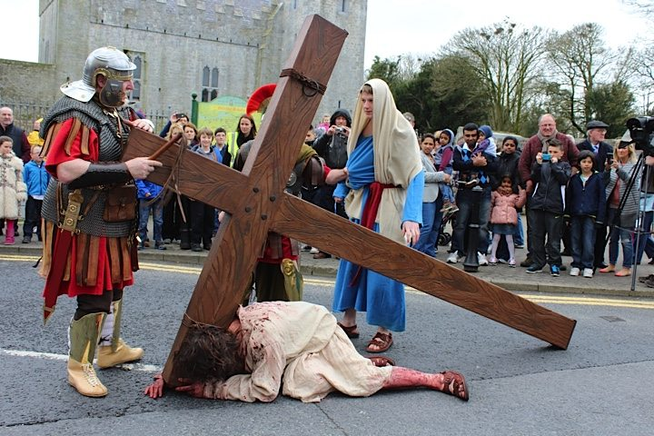 Jesus Falls : Desmond College's The Way of the Cross Newcastle West Good Friday April 2015