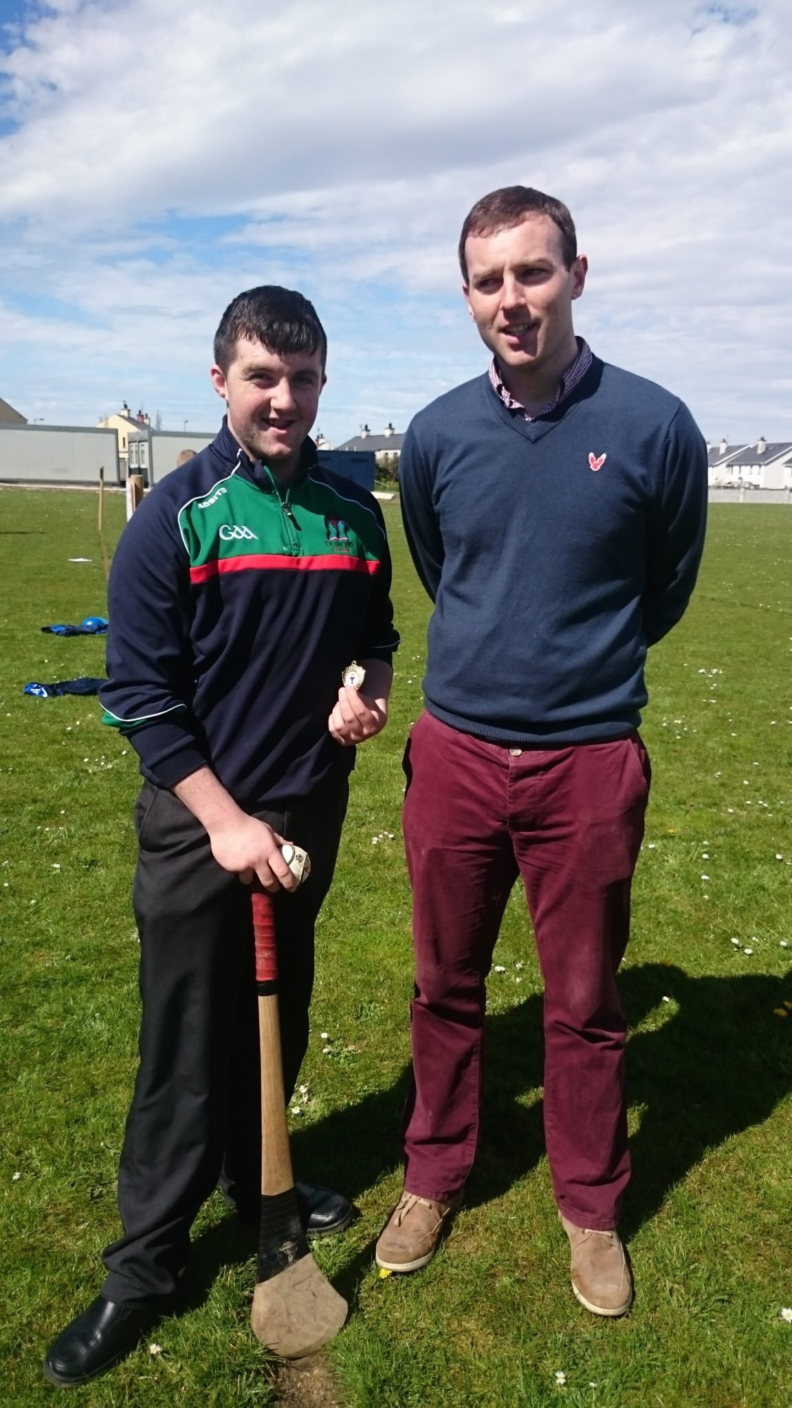 Padraig-Collins-winner-of-senior-Poc-Fada-with-Mr-Burke
