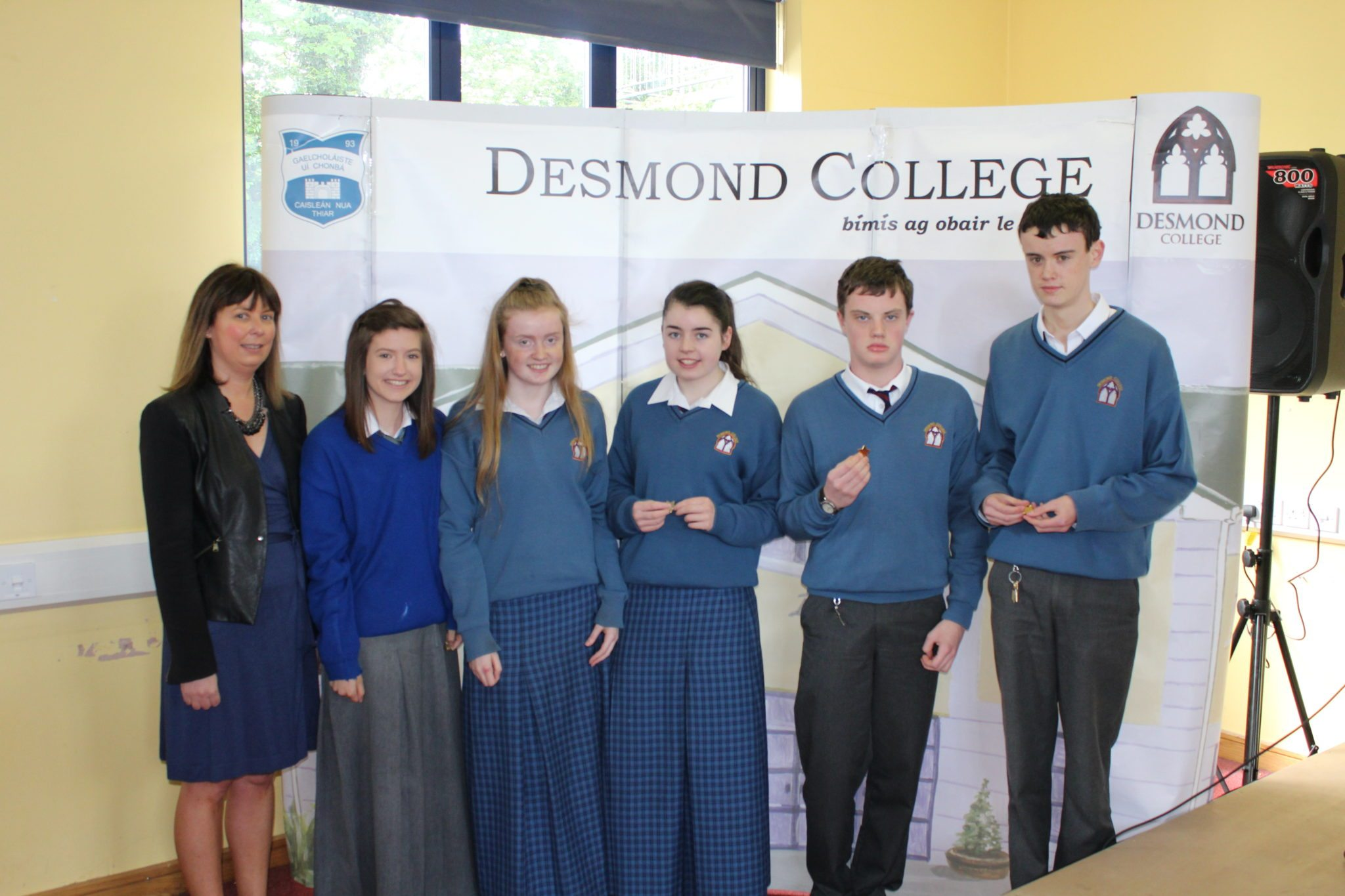 Desmond College Student Awards: May 2015: DEDICATION AND COMMITMENT AWARDS: 3rd Year: Ms Cregan with Alana Slater, Niamh Liston, Mary O'Connor, Eoin Garrett and Gary Byrnes