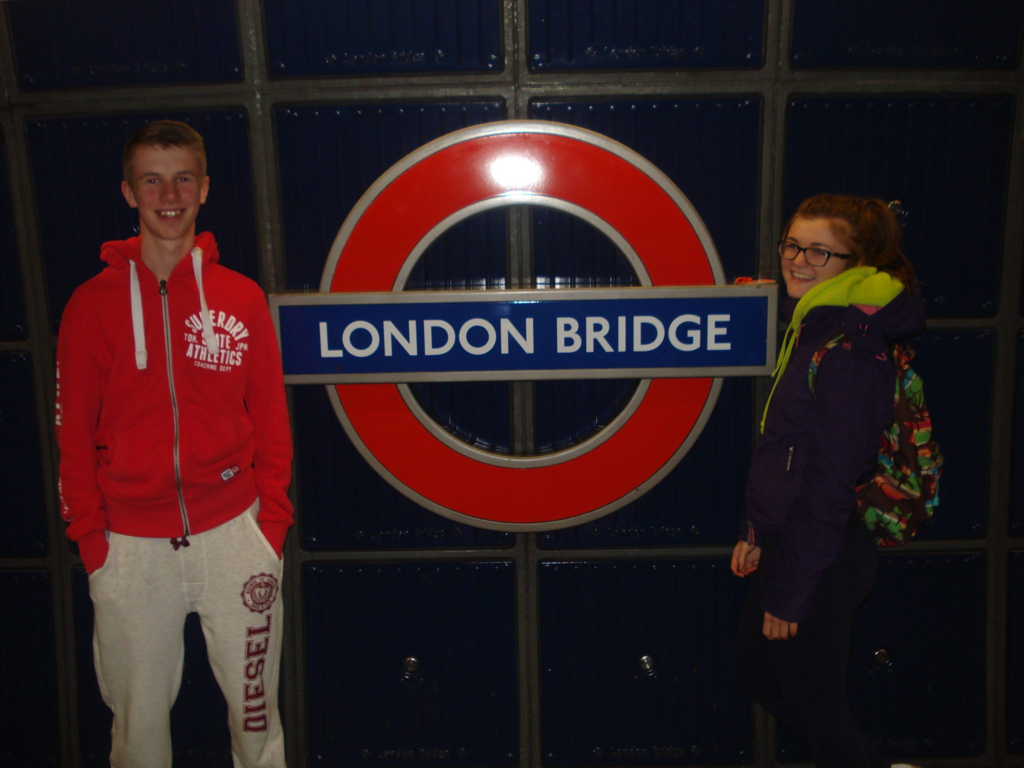 Jack O'Connor and Claire Mortell from desmond College at the iconic london bridge on their TY school tour of london