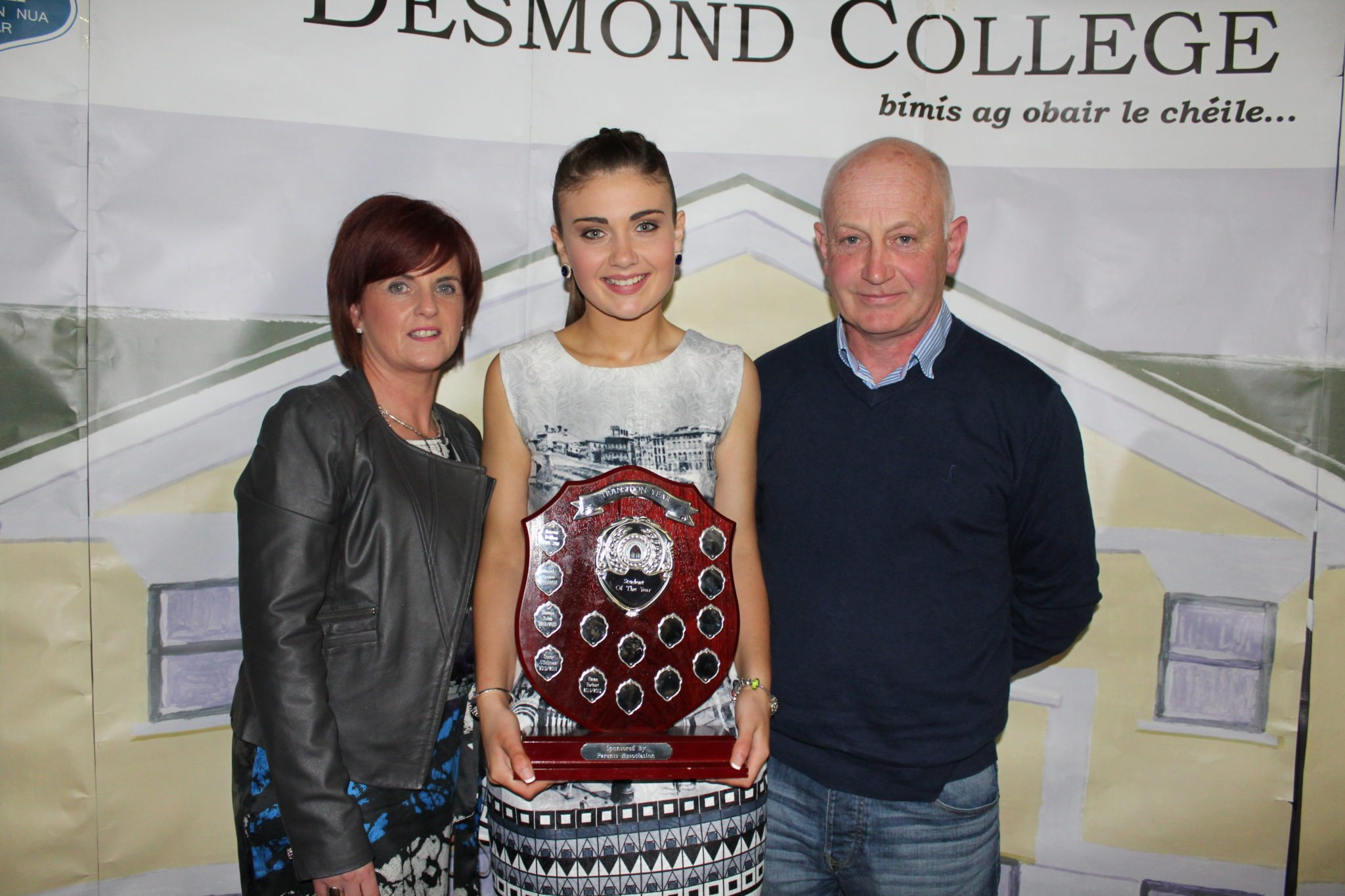 Desmond College TY Graduation 2015: Emma Herbert with proud Mam and Dad, Anne and Tom