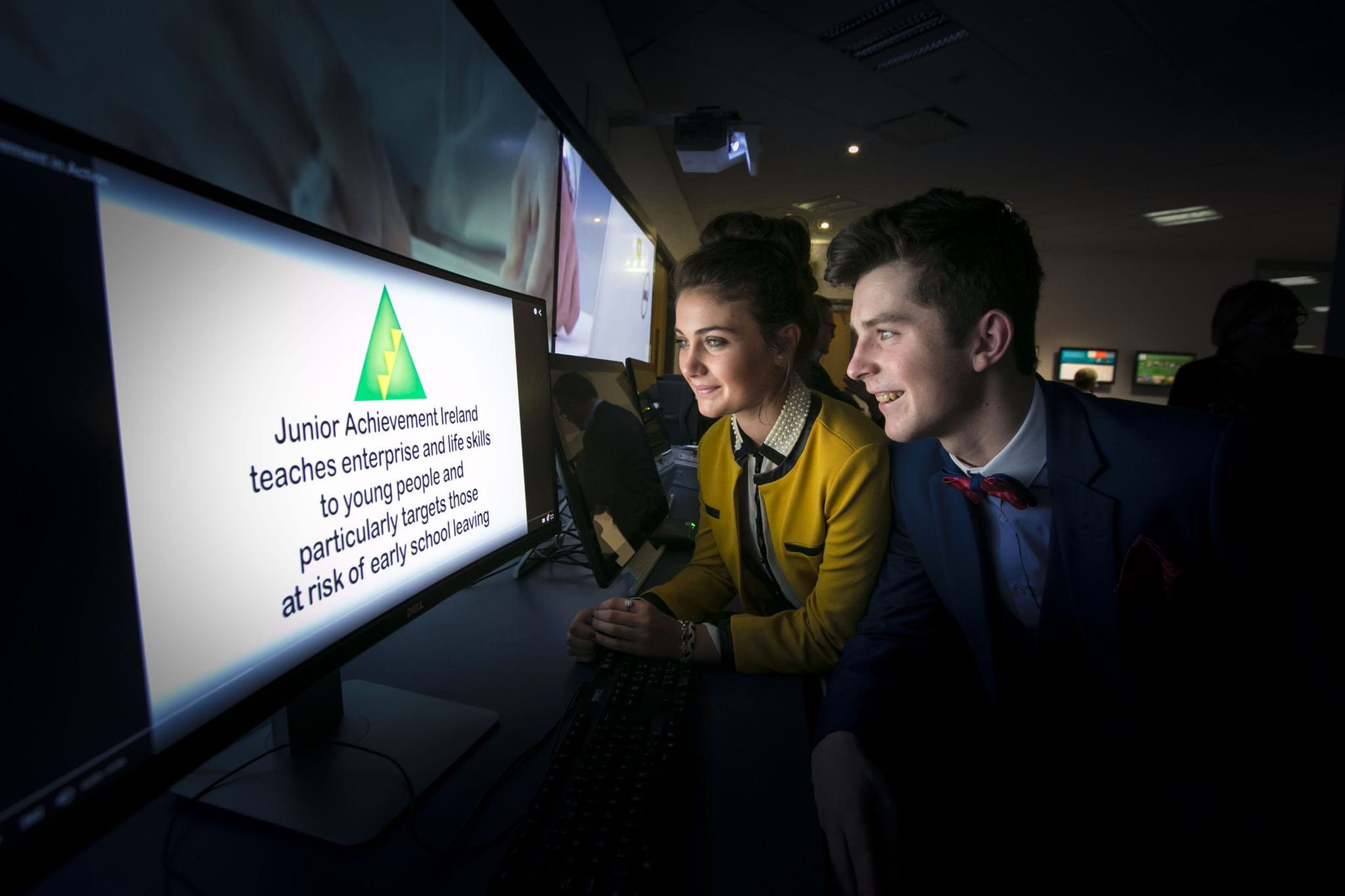 2015 November: Desmond College Entrepreneurs Emma Herbert and Diarmuid Curtin from Guide a Key (photo by Brian Gavin : Press 22)