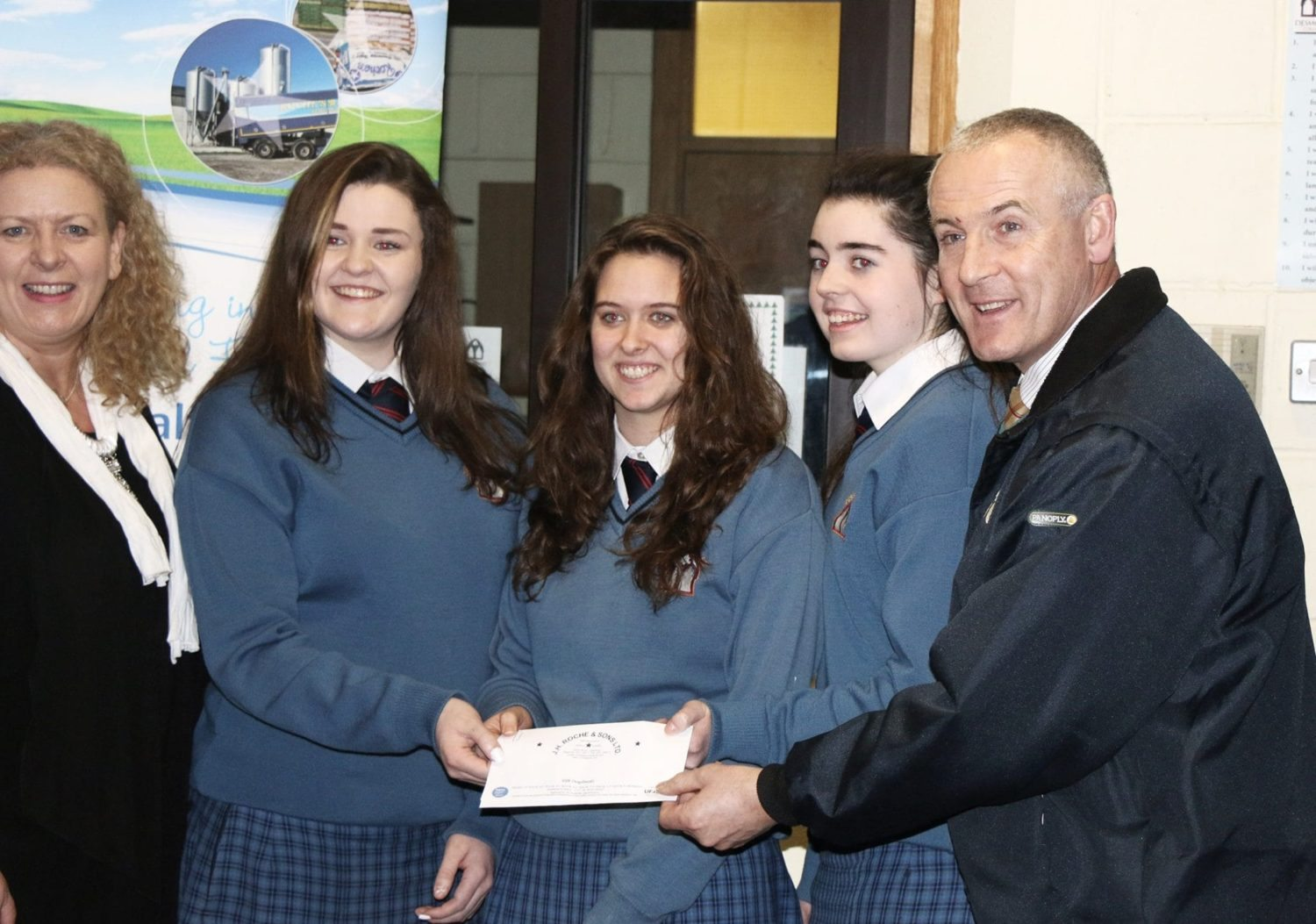 Bobby Roche and the representatives for the Young Scientist competition in Dublin today