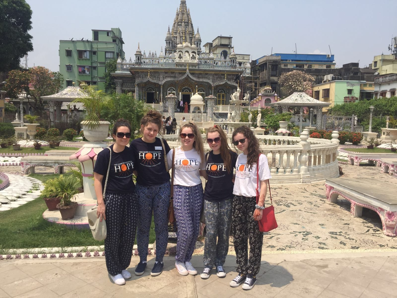 April 2016: The Desmond College teacher and students had an opportunity to explore the beauty of Kolkata on their trip this Easter