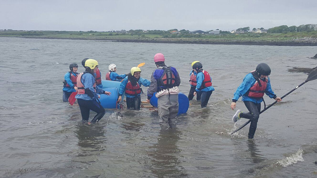 2016-05-21-desmond-college-first-year-students-on-their-trip-to-the-burren-outdoor-education-centre-019