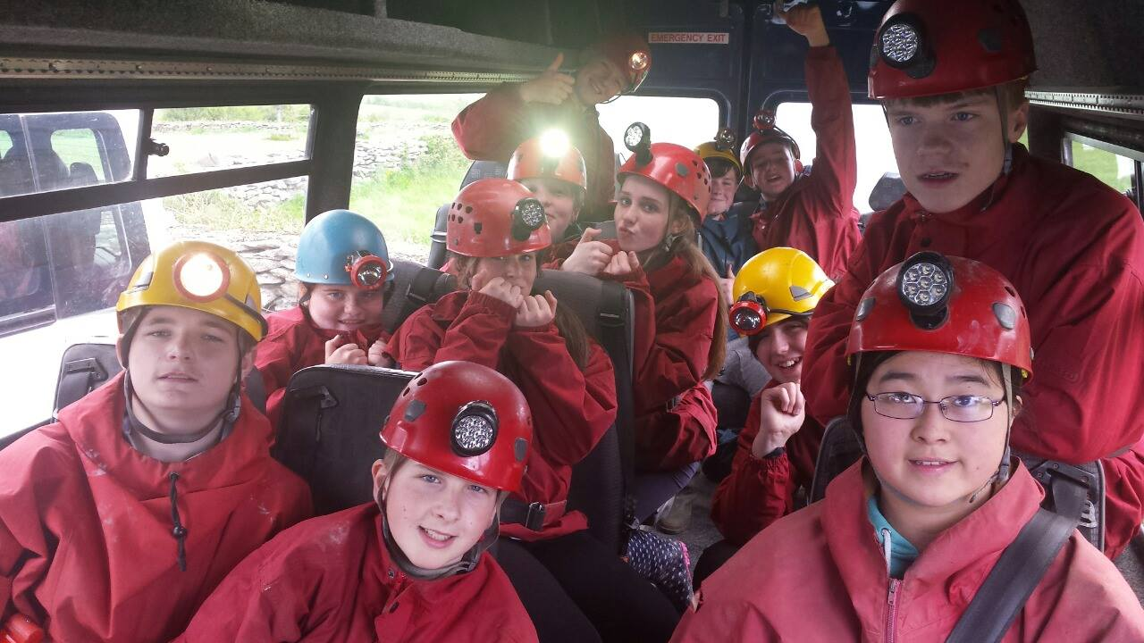 2016-05-21-desmond-college-first-year-students-on-their-trip-to-the-burren-outdoor-education-centre-024