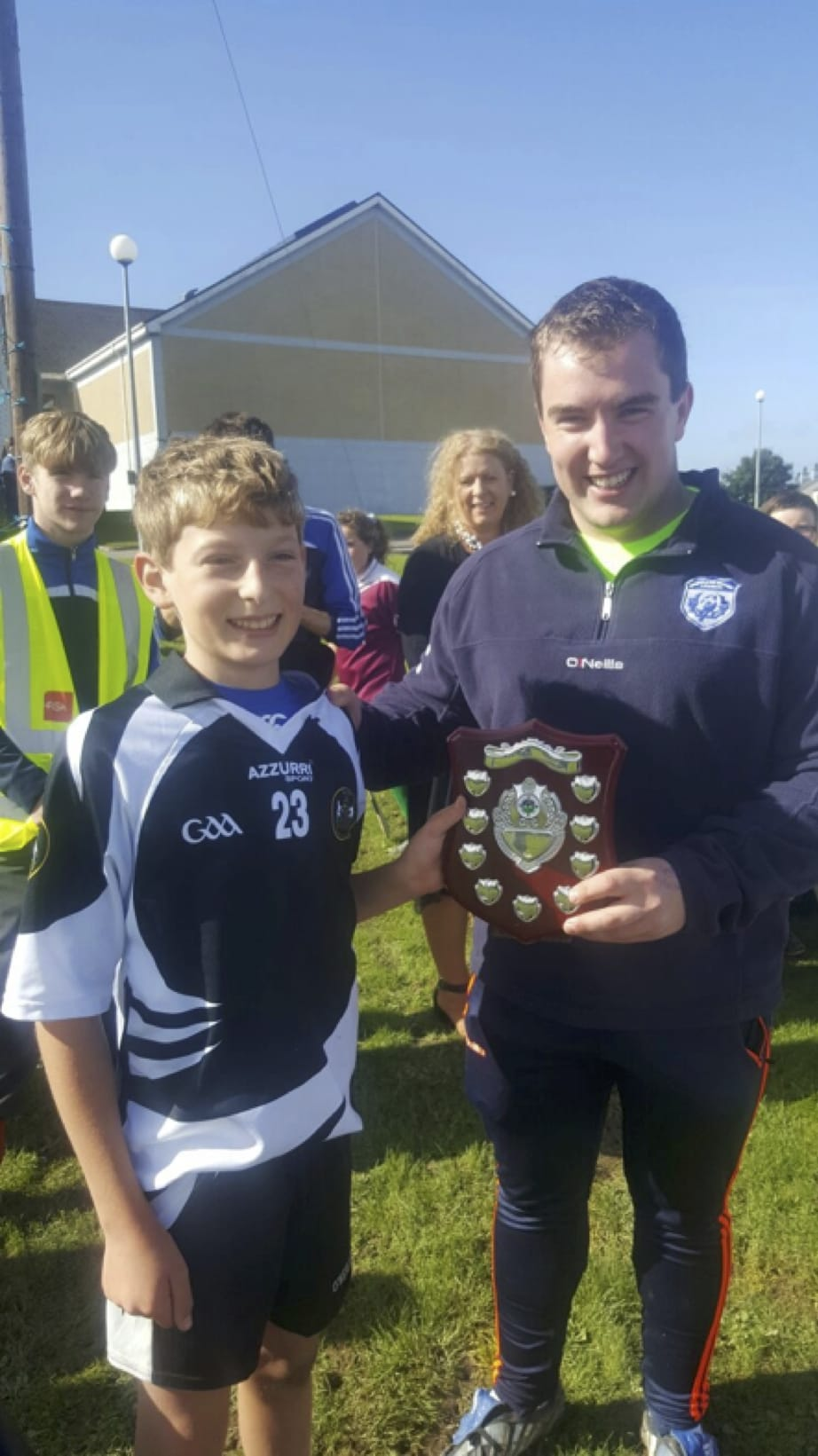 26-27 Sept 2016: Mr Seamus Kelly presenting Harry Edwards from The Courtenay Boys School with the winning Shield