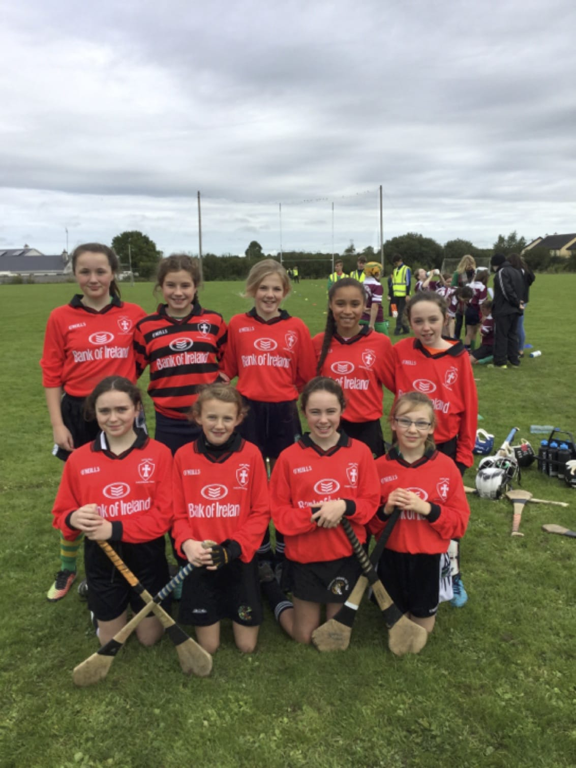 26-27 Sept 2016: Scoil Iosaf - Champions of the Primary Camogie Blitz 2016