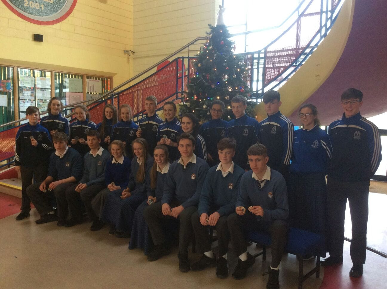 Dec 2016: Medal Winners from the LCETB Cross Country Running in Desmond College