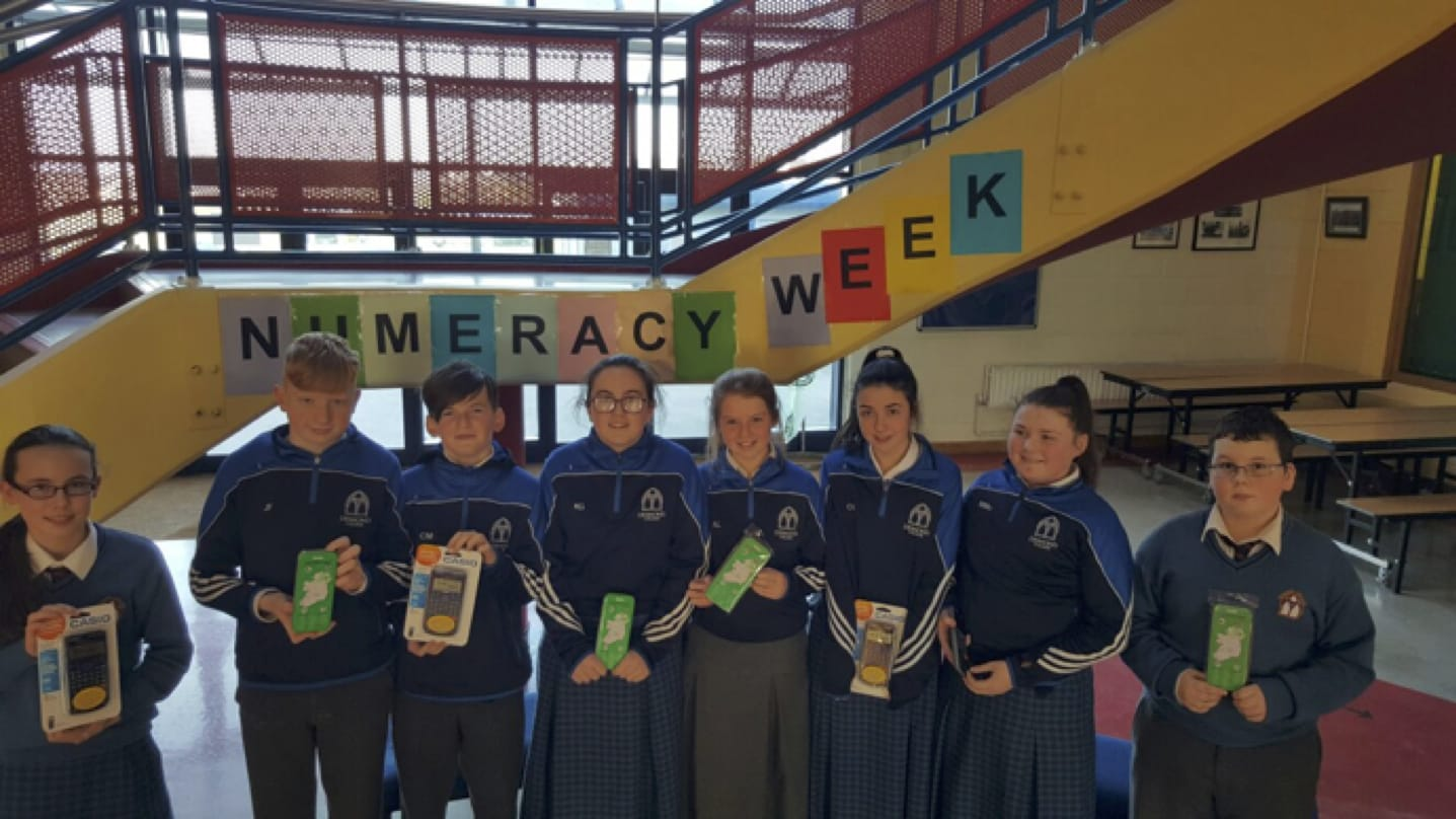 January 2017: Winners of the Numeracy Table Quiz as part of Numeracy Week in Desmond College. Eve Shepherd, Jamie Fahy, Conor Mulqueen, Kellie Griffin, Aoife Lee, Ciara Ryan, Mary McCarthy and Luke O Sullivan