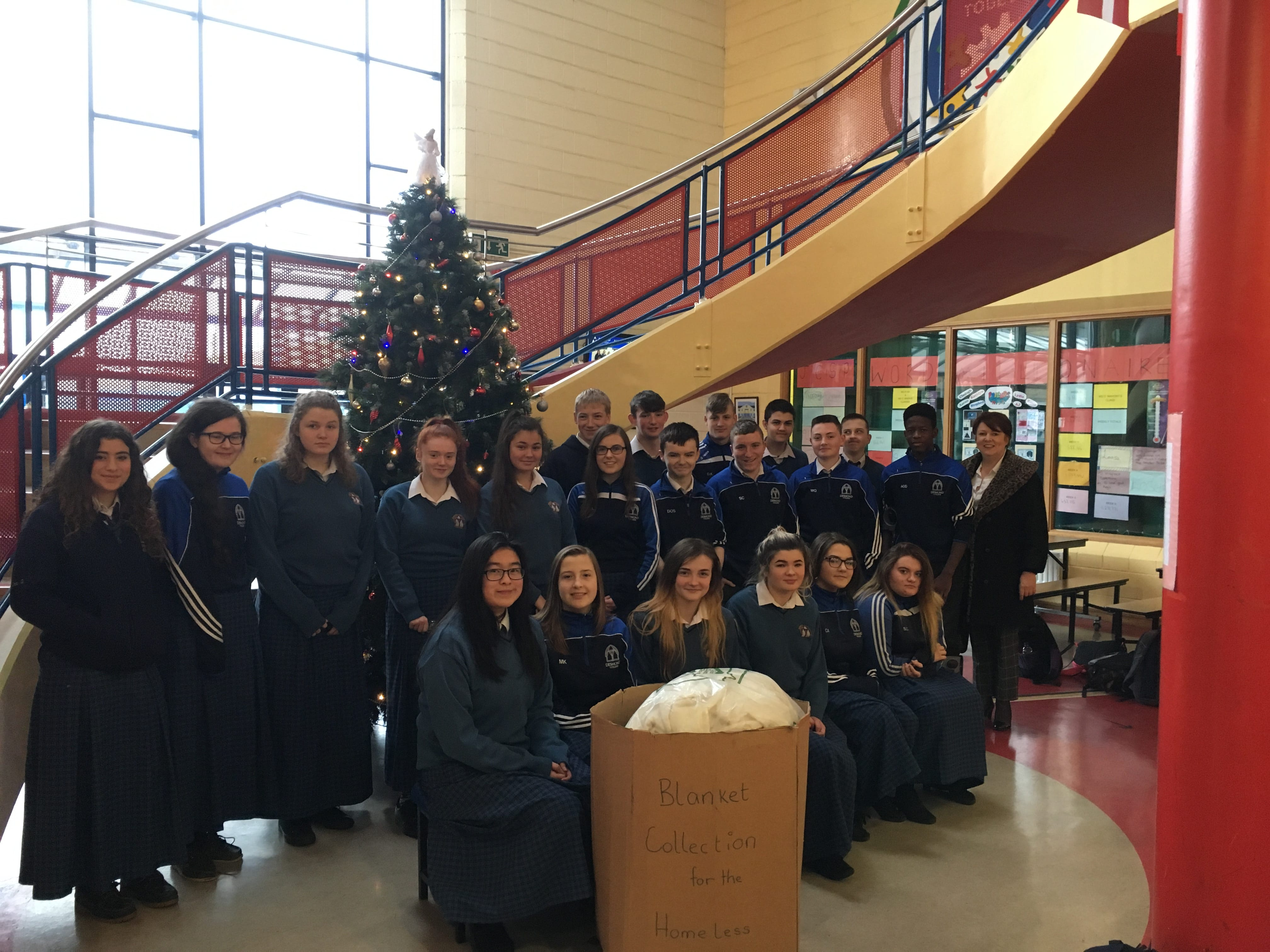 Dec 2017: Ms Liston's 3rd Year Rang Gemma class who held a blanket collection in Desmond College in aid of the Simon Community