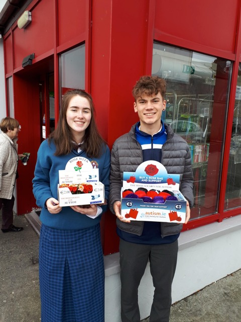 October 2018: Desmond College students collect for ISA (Irish Society for Autism)