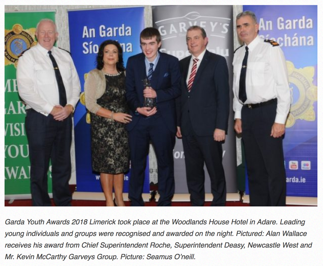 Dec 2018: Alan Wallace receives his award from Chief Superintendent Roche, Superintendent Deasy, Newcastle West and Mr. Kevin McCarthy Garveys Group. Picture: Seamus O'neill.