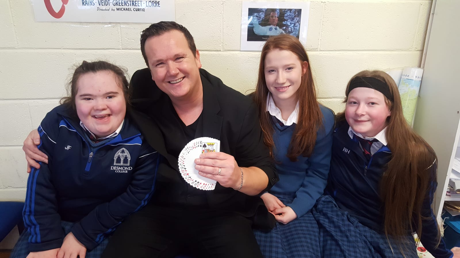 Jane Fitzgibbon, Georgina Horan and Robyn Hartigan enjoying the magic show from Magician Leon as  part of Numeracy Week.