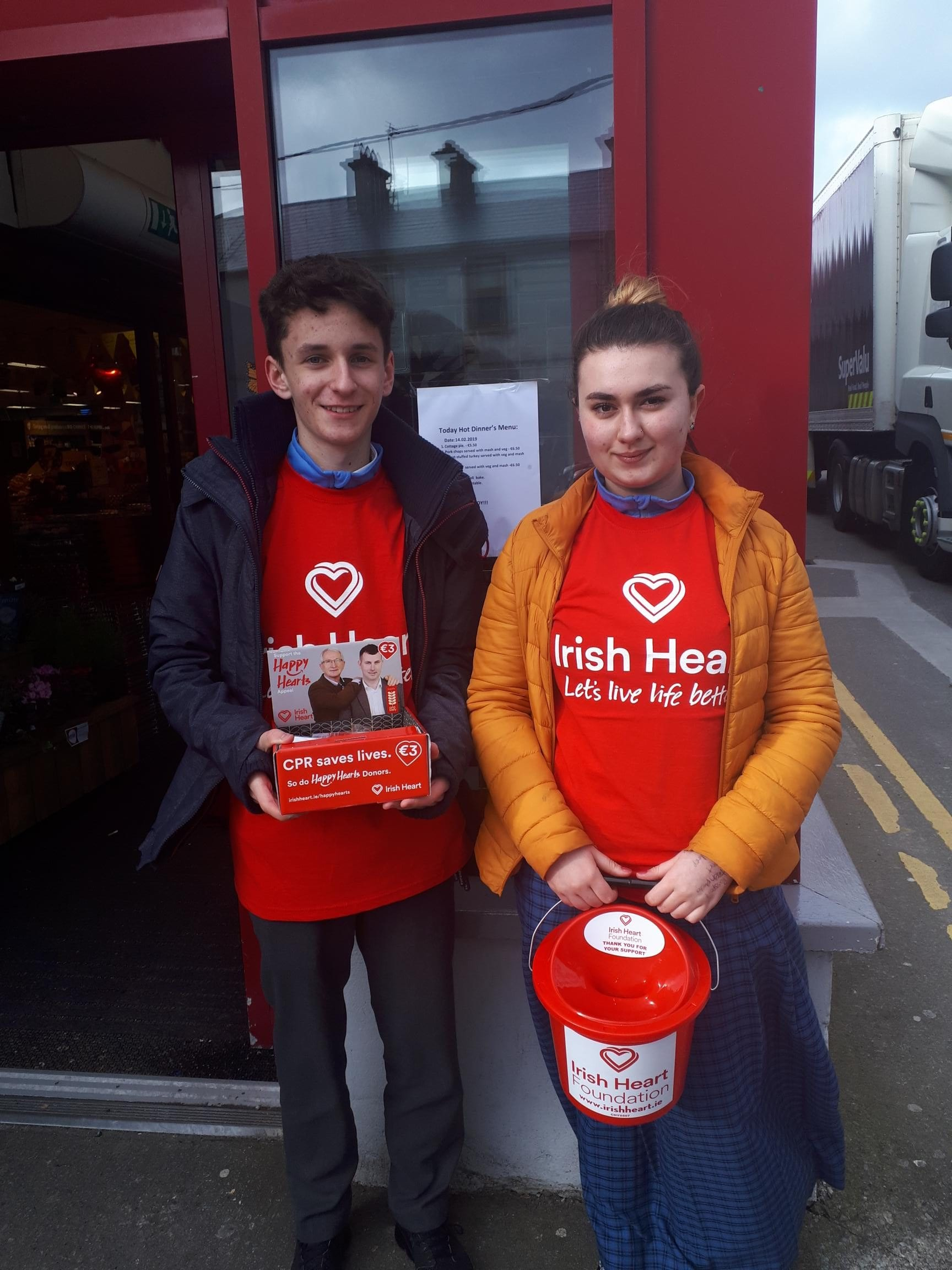 Conor Fox and Megan Romo fundraising for the Irish Heart Foundation