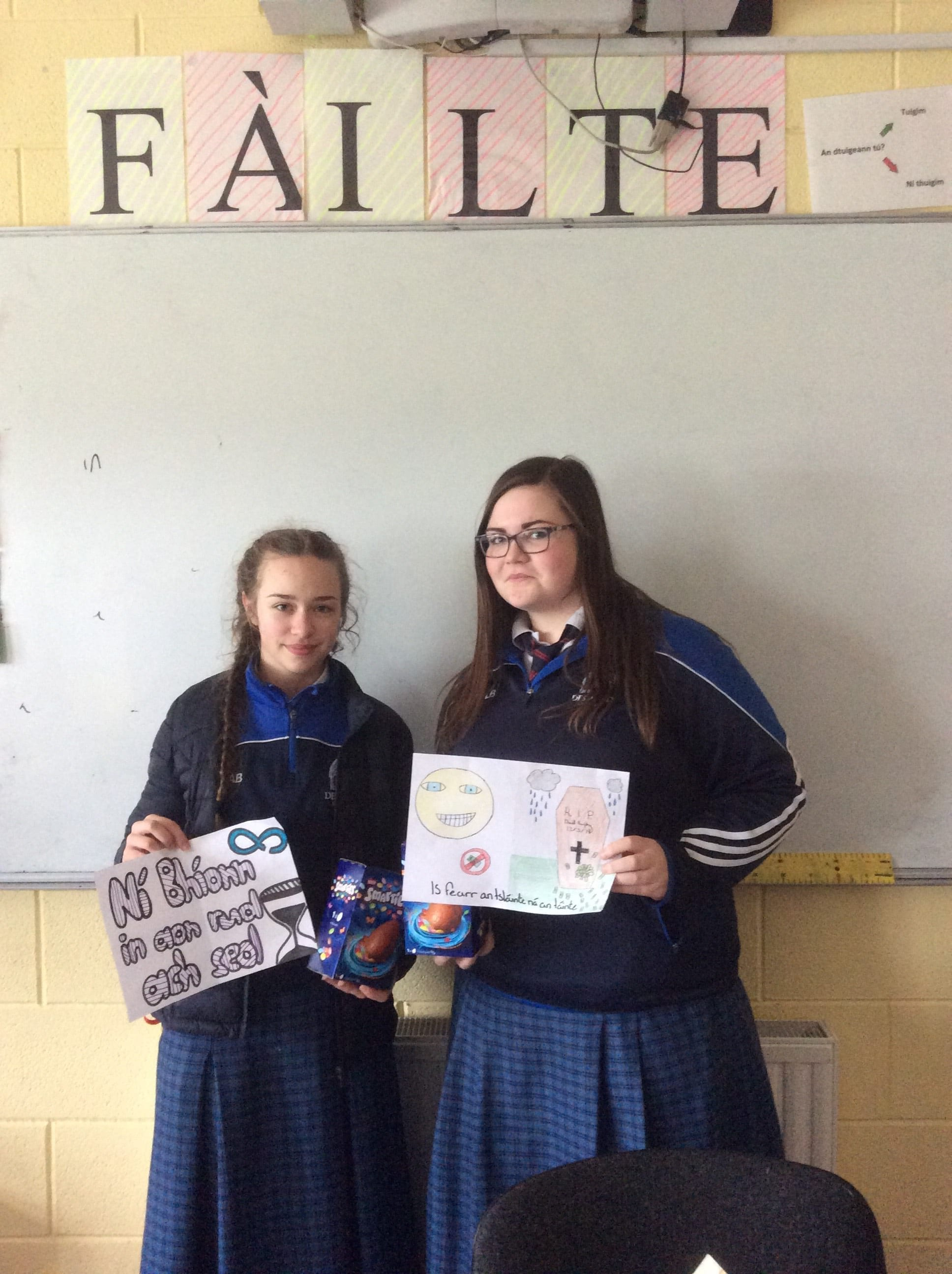 Winners of the 'Comórtas Postaeir' Alzbeta Barisova and Leanne Byrnes